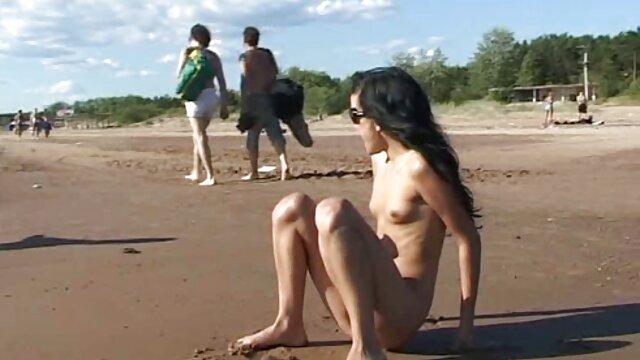 روسی, shahvani انجمن رابطه جنسی در حمام با الاغ در جوراب شلواری