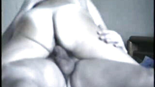 وقتی که من در دختر در panties او نگاه کرد, دانلود فیلم سکسی سایت لوتی او را به مهبل (واژن) شیرین افتاد به لیسیدن clit او و دمار از روزگارمان درآورد که سوراخ داغ با انگشتان دست خود را