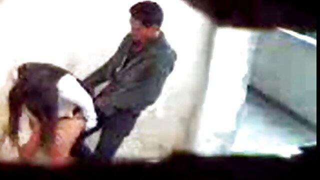 قرار دادن سرطان بر دانلود فیلم سکسی سایت لوتی روی نیمکت یک عوضی با الاغ الاستیک ، انگشتان فلفل بیدمشک او را گرم کرد و تنها پس از آن شلخته را روی خروس سخت خود قرار داد